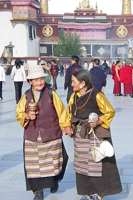 Tibetan ladies in front of Jokhang Temple